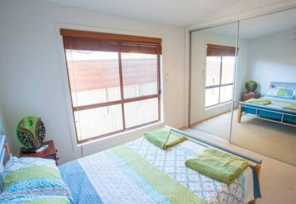 EXECUTIVE HOUSE WITH POOL SAUNA AND EXERCISE EQUIPMENT Bundall Gold Coast City Preview