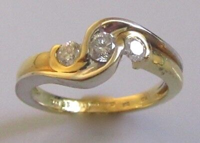 Secondhand 18ct Two Tone Gold 3 Stone Diamond 0.25ct Ring Size H
