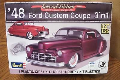 Revell '48 Ford Custom Coupe 3'n1 Model Kit 1/25 Scale