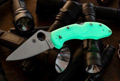 Spyderco Knives Sprint Run Delica 4 Flat Grind GITD - Satin - C11FPGITD