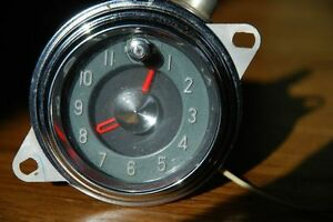 VINTAGE 1955 CAR DASH CLOCK