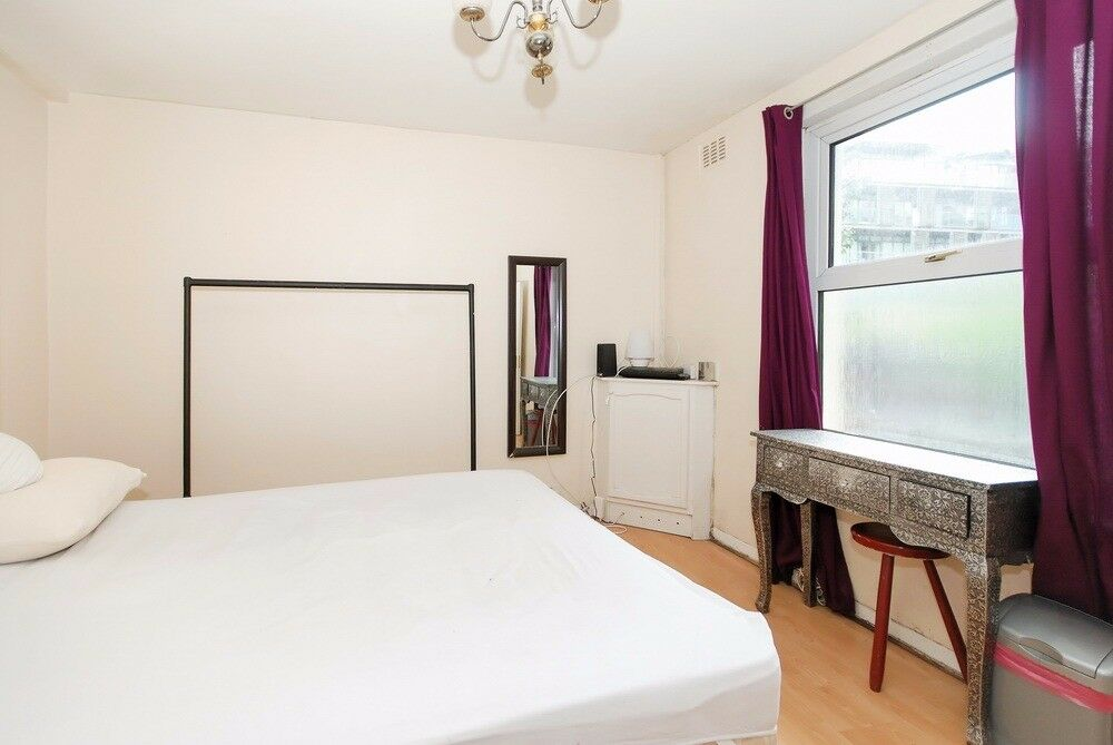 This fantastic Two Bedroom Property
