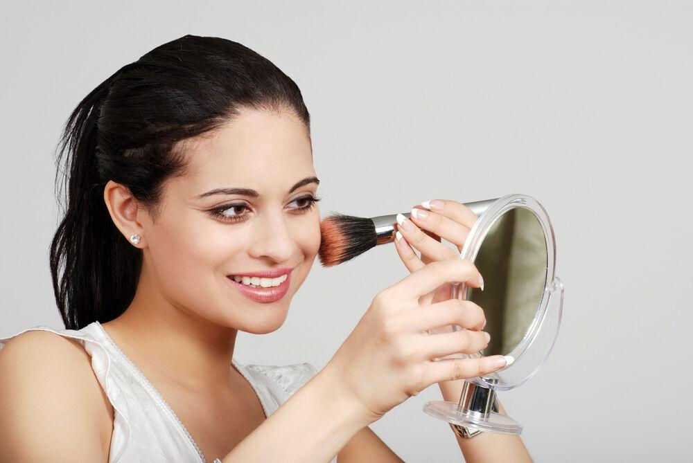 Top gepflegt bis in die Poren: Der perfekte Kosmetikspiegela
