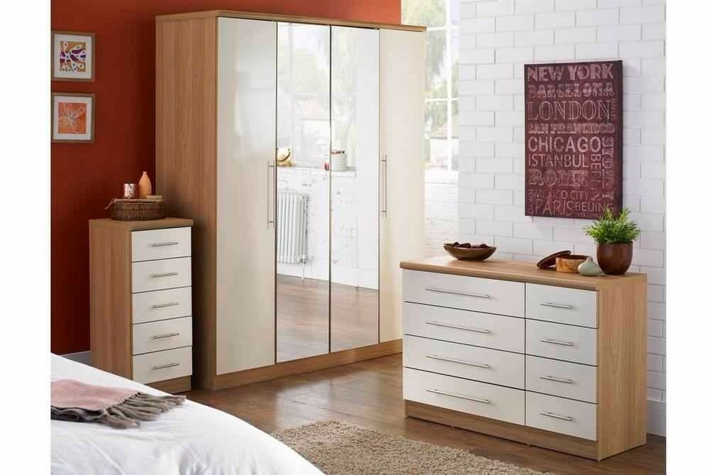 Brand new 4 Door wardrobe (NO MIRROR)+ 8 Drawer chest Oak with Cream gloss