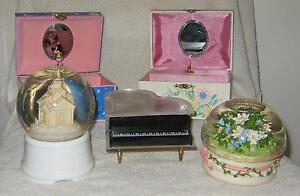 Dolls-&-TY-collectibles & Music Boxes & snow globes Regina Regina Area image 2