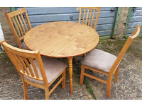 DINING TABLE WITH 4 CHAIRS + FREE DELIVERY