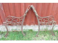 (#589) vintage pair of garden cast iron bench ends (Pick up only, Dy4 area)