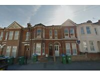 Seven Bedroom Student House in Tennyson Road, Portswood for £2275 per month - Available 1st July