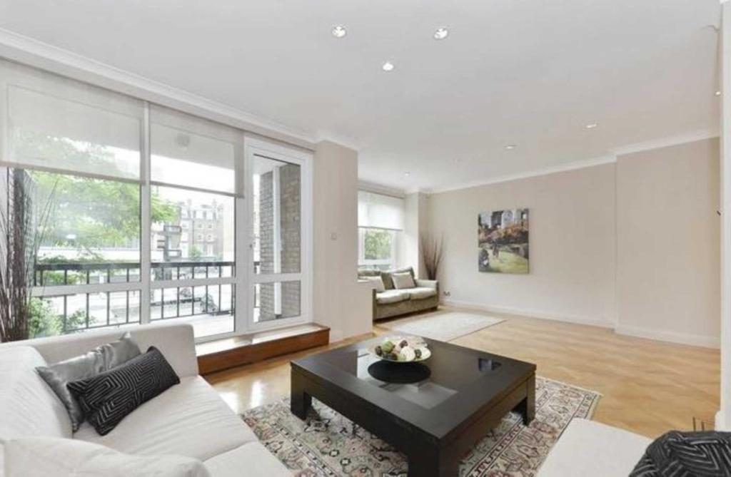 5 bedroom house in Marylebone
