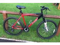 "Men's apollo phaze mountain bike 20"" frame"