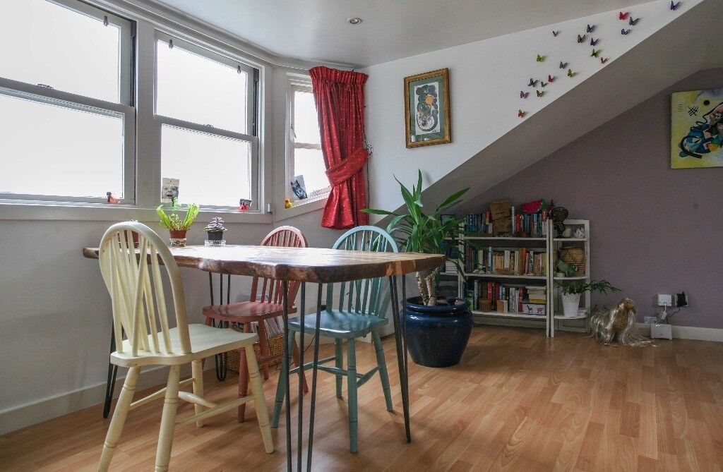 SHORT TERM LET: (Ref: 1470) Eyre Place, Colourful 3rd floor property in Edinburgh's New Town!