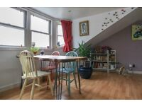 FESTVAL LET: (Ref: 1470) Eyre Place, Colourful 3rd floor property in Edinburgh's New Town!