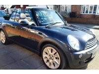MINI Convertible 1.6 Cooper Sidewalk. Leather seats and very low mileage!