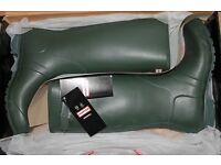 Hunter Classic Wellies Wellingtons Dark Olive Green Unisex Size UK 12 Eu 47 £60