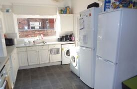 1st July 17 - 5 Bed House Whitby Ave Fallowfield 5 x £303.33pcm - LET AGREED