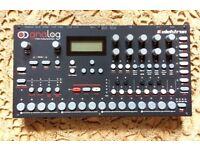 Elektron Analog Four A4 4-Voice Polyphonic CV Sequencer