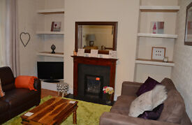 Beautiful 1 bed fully furnished flat in perfect Rosemount location