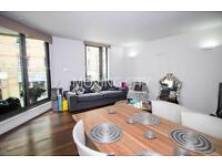 2 bedroom flat in Great Suffolk Street, South Bank, Southwark