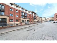 2 LEVEL 5 BEDROOM FLAT WITH PRIVATE GARDEN FINNISTON