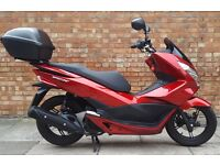 Honda PCX 125, As new, only 300 miles, comes with large top box