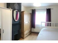 A room to rent in Putney