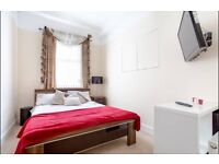 Double room with ensuite - short term let