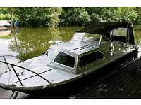 River cruiser Boat with cabin