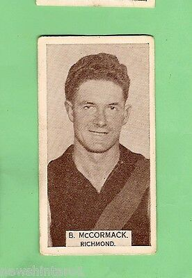 1933 WILLS CIGARETTE  CARD  #15.  B.  McCORMACK, RICHMOND