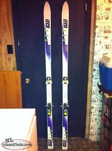 DOWNHILL SKIS BINDINGS AND BOOTS USED TWICE!