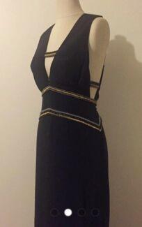 Formal dress, sass and bide, size 12/40, Brand new $990