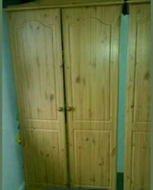 5 piece, 2 wardrobe, chest of draws, 2 bedside draws.free delvry/asmbly in bfd