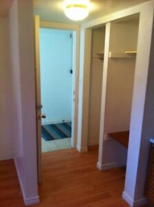 COZY CENTRALLY LOCATED BACHELOR/STUDIO APARTMENT