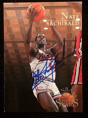(NATE TINY ARCHIBALD 1996 TOPPS Autographed Signed AUTO BASKETBALL Card KINGS)