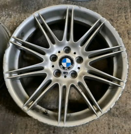 2 X BMW 19 inch Alloys
