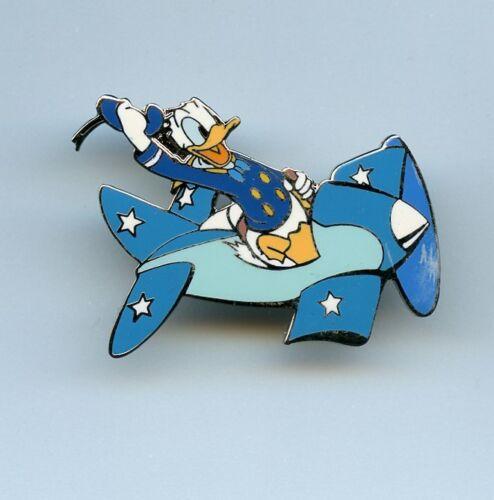 Disney Auctions World War II Series Naval Aviator Donald Duck Airplane LE100 Pin