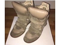 Isabel Marant Etoile WOMAN KHAKI shoes, worn , size 7, 40