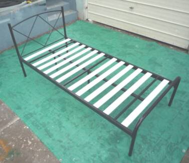 """Tubular """" Criss """" Single Bed Inala Brisbane South West Preview"""
