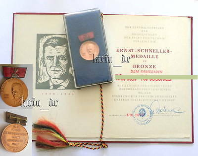 DDR GST Medaille einst. KPD Ab Ernst Schneller East German Medal + Document 1973