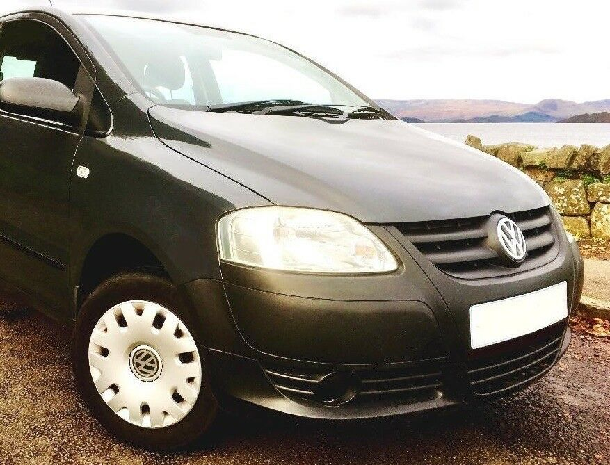 GROUP 1 INSURANCE. 6000 MILES YEARLY. PRISTINE. FULL SERVICE HISTORY. DRIVES AS NEW. GREAT PRICE.