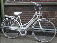 Ladies Dutch bike RALEIGH CAPRICE 21inch - Serviced warranty - Welcome for test ride & cup of tea