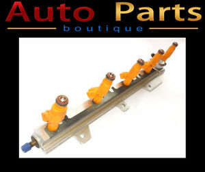 VOLVO S70 V70 95-98 OEM FUEL INJECTION RAIL W/ INJECTORS 1270568