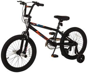 Mongoose Switch Boy's Freestyle BMX Bike, 18-Inch Wheels, Black