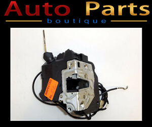 MERCEDES C320 C230 2001-2007 DOOR LOCK FRONT RIGHT 2037202035