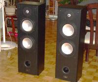 PUISSANTS et PERFORMANTS HAUT PARLEURS PRO AUDIO de 200 Watts ch