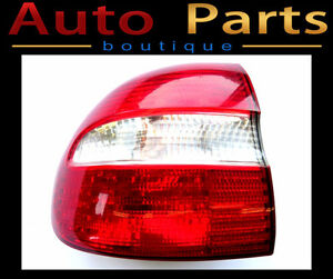Volvo V40 2001-2004 OEM LEFT REAR TAIL LIGHT ASSEMBLY