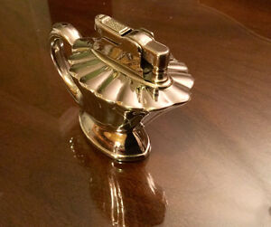 Art Deco style vintage (1950) table lighter