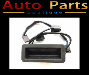 LAND ROVER FREELANDER 06-15 OEM TAILGATE SWITCH RELEASE LR020997