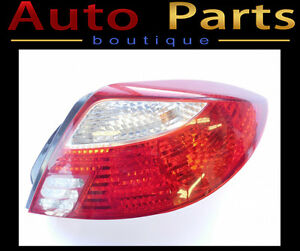 Kia Rio 2001-2002 Tail Light Assembly Right 0K32A51150A