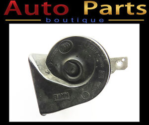 Volvo S80 XC70 V70 2008-2016 OEM Low Note Horn 31276805