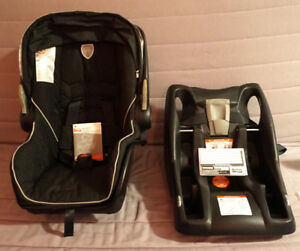 Britax car seat (base included)